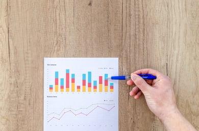 chart-graph-hand-flatlay